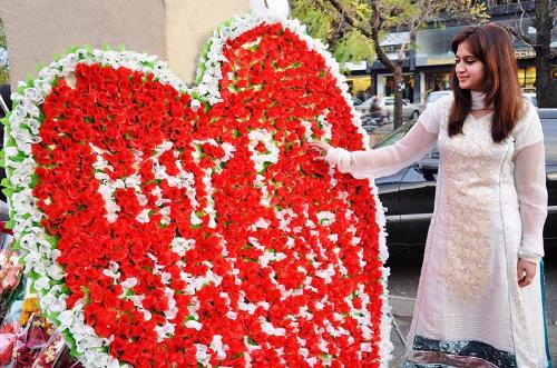 valentines day celebration all over the world as well in pakistan, Ideas